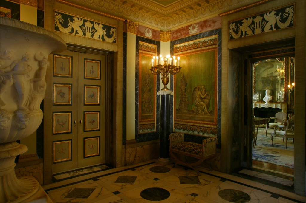 donnahup Vizcaya Museum & Gardens Entrance Hall