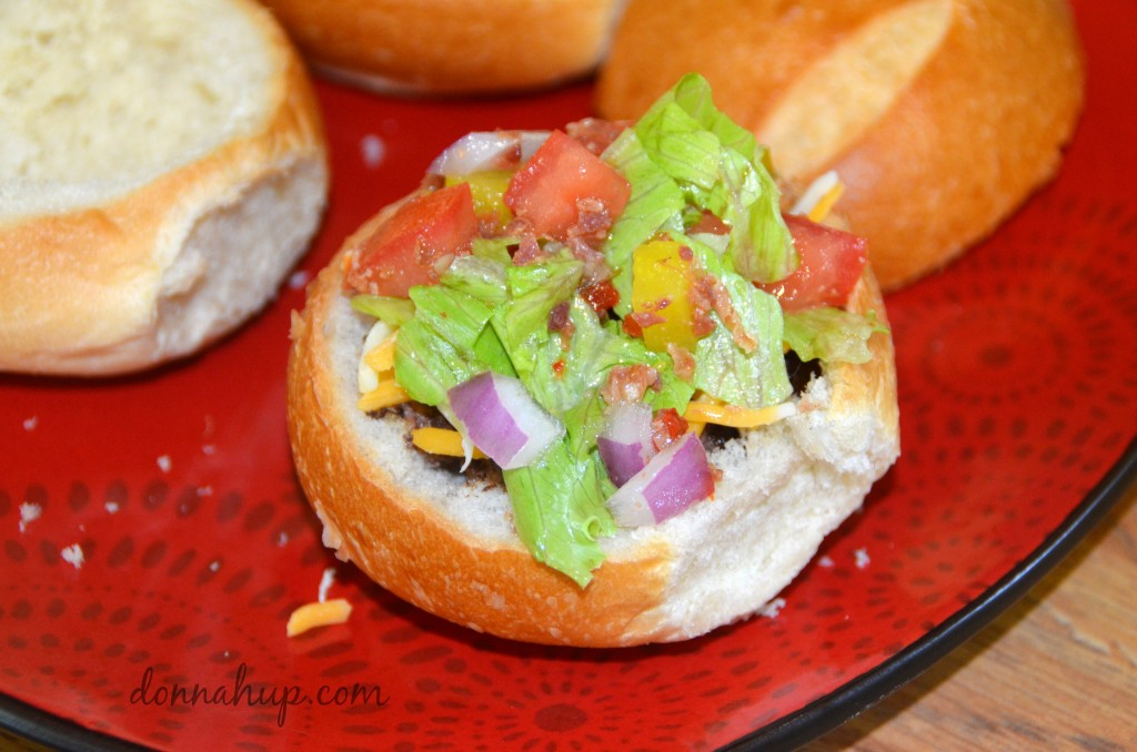 Everything Burger Bowl with Italian Dressing #Recipe #FoodDeservesDelicious #shop #cbias donnahup