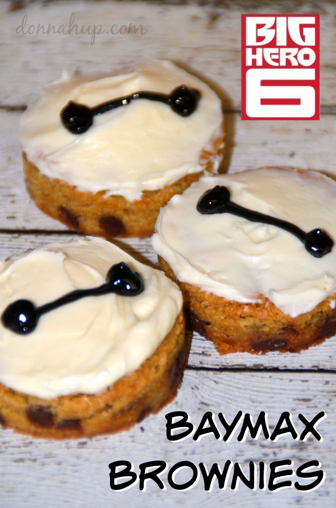 baymax brownies Big Hero 6 Baymax Brownies #BigHero6Event #ABCTVEvent #BigHero6 #recipe #disney #craft #kids donnahup