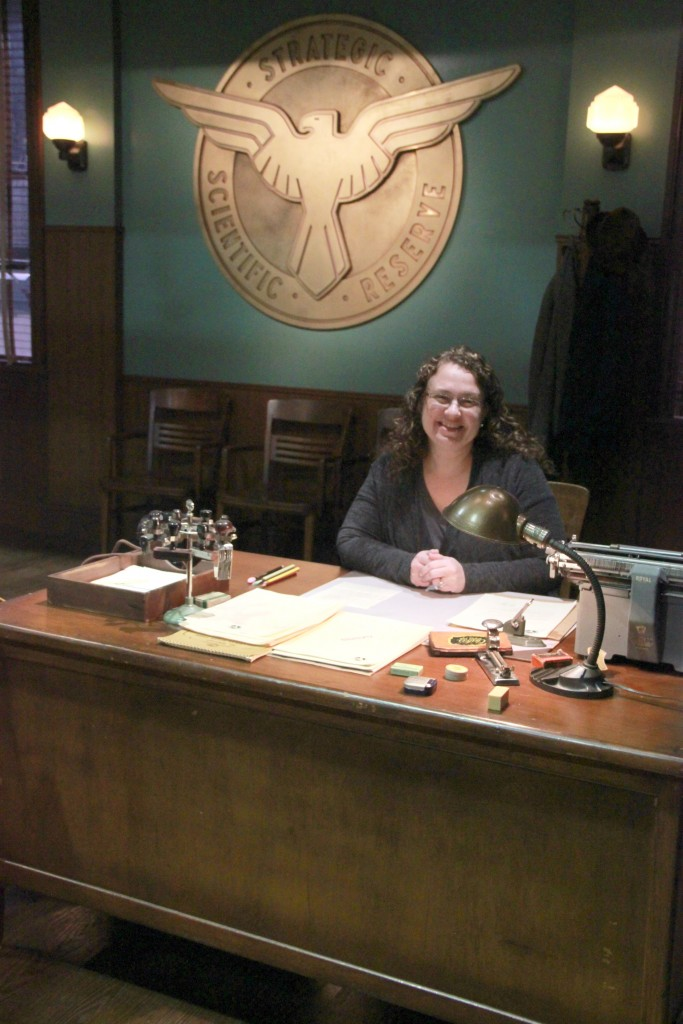 Donna Hup Meeting Agent Carter and Spending Time on Set #AgentCarter #ABCTVEvent