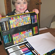 Personalized Creations with Crayola Personalized Art Kit