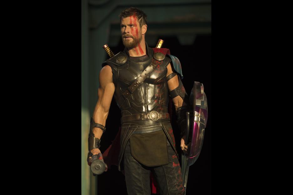 Marvel Studios' THOR: RAGNAROK - New Teaser Trailer & Poster