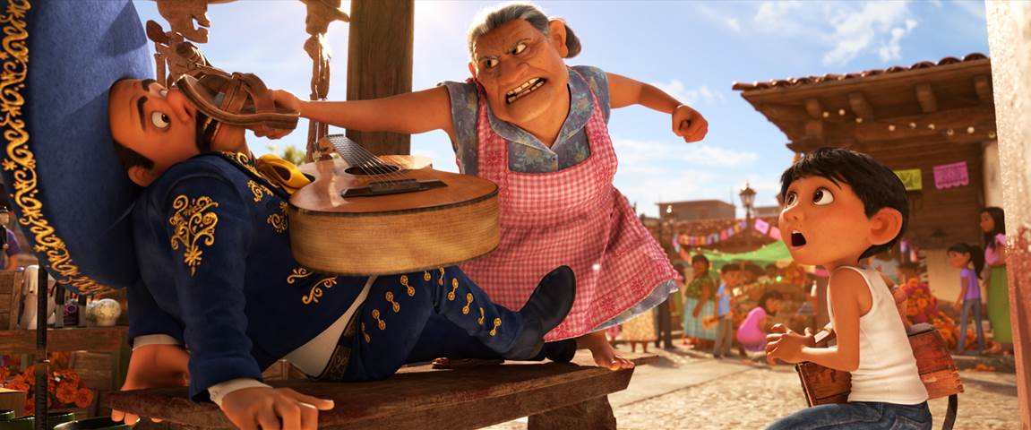 Disney•Pixar's COCO - New Clip & Featurette